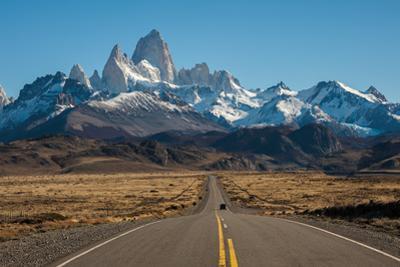 Road to El Chalten, Fitz Roy in Background by ykumsri