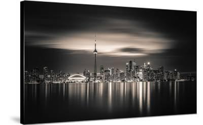Toronto by Yoann