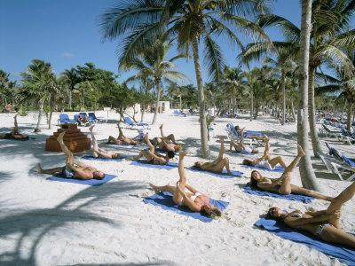 https://imgc.allpostersimages.com/img/posters/yoga-on-the-beach-cancun-quintana-roo-yucatan-mexico-north-america_u-L-P1TBP30.jpg?p=0