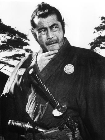 https://imgc.allpostersimages.com/img/posters/yojimbo-toshiro-mifune-1961_u-L-Q12PF120.jpg?artPerspective=n