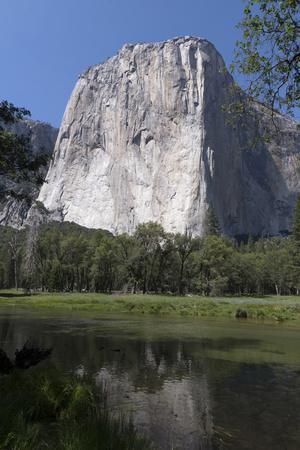 https://imgc.allpostersimages.com/img/posters/yosemite-national-park-california_u-L-PWB3SM0.jpg?p=0