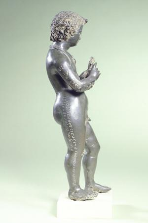 https://imgc.allpostersimages.com/img/posters/young-boy-in-bronze-from-montecchio_u-L-PRBNYX0.jpg?p=0