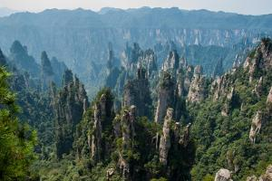 Zhangjiajie Forest National Park by Yves ANDRE
