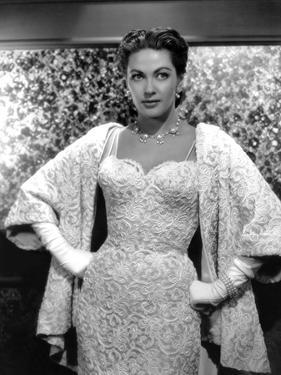 Yvonne by Carlo (1922 2007) actrice d'origine canadienne naturalisee americaine, ici en, 1956 (b/w