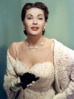 Yvonne by Carlo (1922 2007) actrice d'origine canadienne naturalisee americaine ici en, 1956 (photo