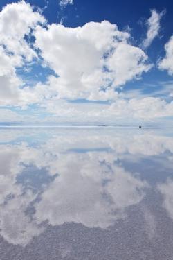Salar De Uyuni, Salt Flat in Bolivia by zanskar