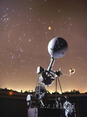 Zeiss Planetarium Projector