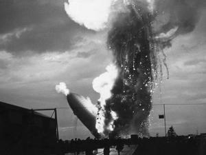 Zeppelin Hindenburg Burning in Lakehurst
