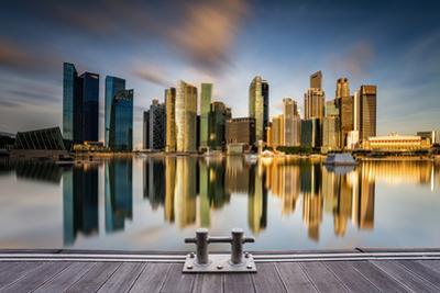Golden Morning in SIngapore by Zexsen Xie