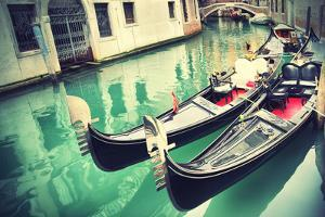 Gondolas in Venice by Zoom-zoom