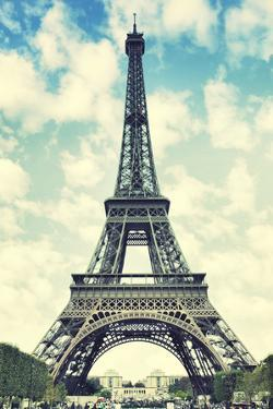 The Eiffel Tower in Paris, France. Instagram Style Filter by Zoom-zoom