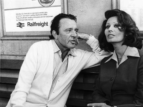 Actress Sophia Loren with Richard Burton Rehearse For an Association TV Film