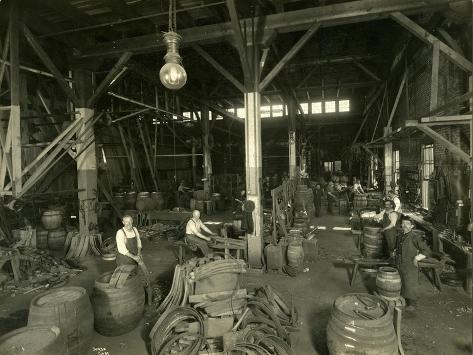 Rainier Brewing and Malting Co., Cooper Shop, 1914 Reproduction procédé giclée