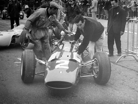 British Grand Prix 1965 Silverstone July 1965 Lorenzo Bandini and His Ferrari Number 2 Car Reproduction photographique