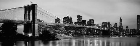 Brooklyn Bridge across the East River at Dusk, Manhattan, New York City, New York State, USA Reproduction photographique