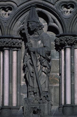 Detail of Statue from Facade of Nidaros Cathedral, Trondheim, Norway, 11th-14th Century Reproduction procédé giclée