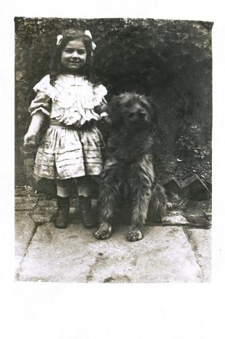 Little Girl with a Dog in a Garden Reproduction photographique