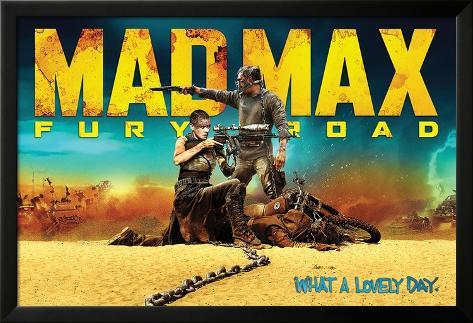 Mad Max: Fury Road / Mad Max : La route du chaos Poster en laminé encadré