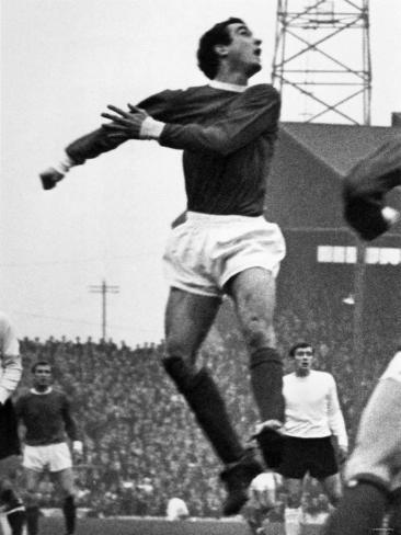 Manchester United V Sunderland. Manchester United's John Aston. c.1965 Autre
