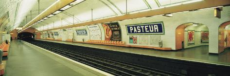 Metro Station, Paris, France Reproduction photographique