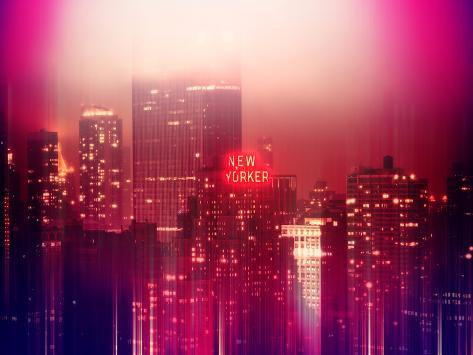 Urban Stretch Series - Manhattan at Pink Misty Night with New Yorker Hotel - New York Reproduction photographique