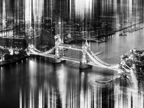 Urban Stretch Series - The Tower Bridge over the River Thames by Night - London Reproduction photographique
