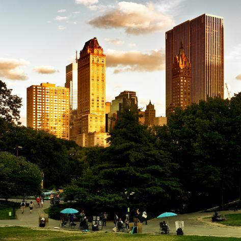 View of the Buildings around Central Park on a Summer Evening at Sunset, Manhattan, New York Reproduction photographique