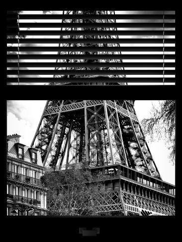 Window View with Venetian Blinds: the Eiffel Tower View - Paris, France Reproduction photographique