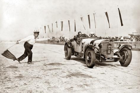 Pilote automobile Christian Werner en course au Nürburgring, Allemagne, 1928 Reproduction photographique