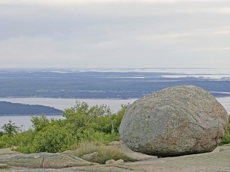 Glacial Boulder on Summit of Cadillac Mountain, Acadia National Park, Maine Reproduction photographique