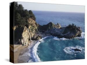 California, Big Sur Coast, Julia Pfeiffer Burns Sp, Mcway Falls by Christopher Talbot Frank