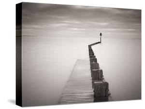 Pier 5 by Doug Chinnery