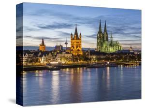 River Rhine, and Cathedral (Dom), Cologne (Koln), North Rhine Westphalia, Germany by Gavin Hellier