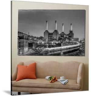 Trains pass Battersea Power Sation by Nick Jackson