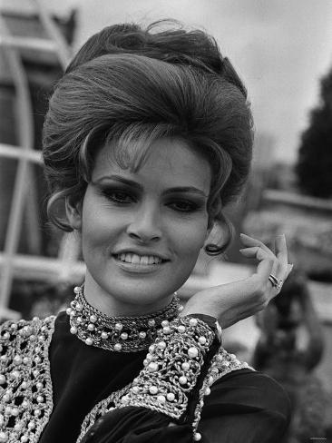 Actress Raquel Welch, 1969 Fotografisk tryk