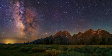 The Milky Way Shines over the Grand Teton Mountain Range Fotografisk tryk