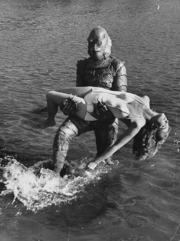 Actress Julia Adams is Carried by Monster, Gill Man, in the Movie, Creature from the Black Lagoon Premium fototryk
