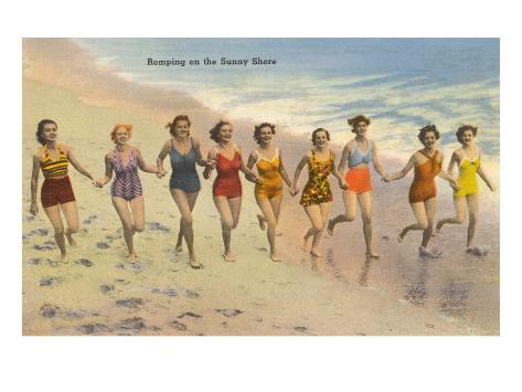 Women Running on Beach Kunsttrykk