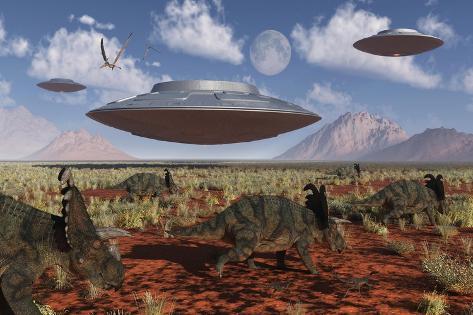 A Herd of Centrosaurus Dinosaurs Walk Past a Group of UFO'S Kunstdruck