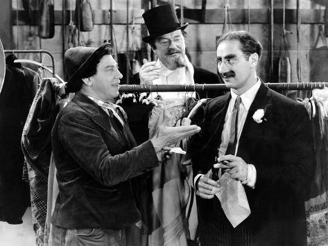 A Night At The Opera, Chico Marx, Sig Rumann, Groucho Marx, 1935, Negoitating The Contract Foto