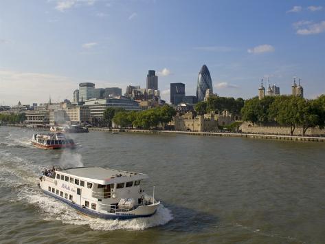 City Skyline from Tower Bridge, London, England, United Kingdom Fotografie-Druck
