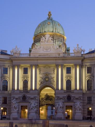 Michaelertor, Dome at Dusk, Hofburg, Vienna, Austria Fotografie-Druck