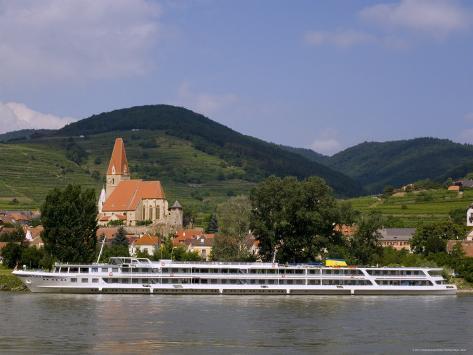 Weissenkirchen Pfarrkirche and Vineyards, Wachau, UNESCO World Heritage Site, Lower Austria Fotografie-Druck