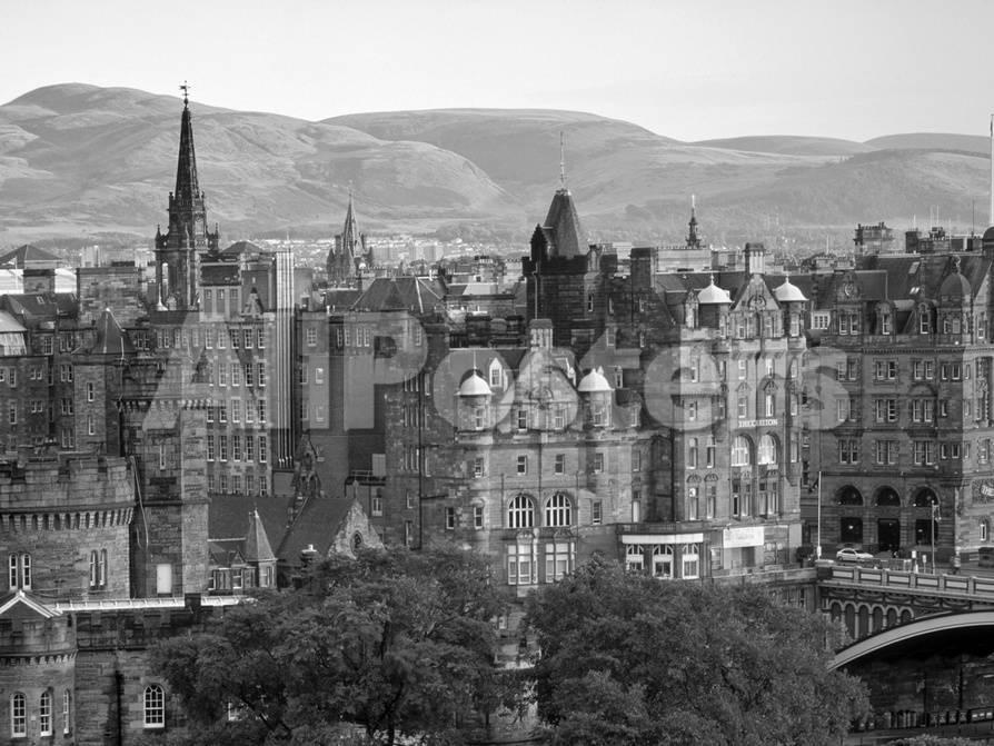 Skyline of Edinburgh, Scotland Fotografie-Druck von Doug Pearson bei ...