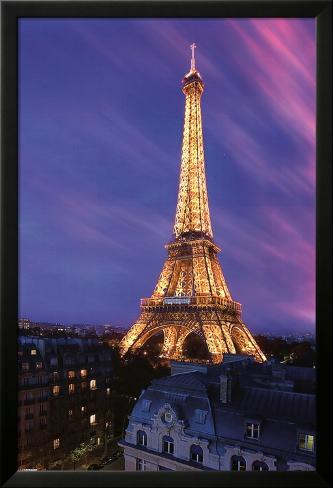 Eiffel Tower at Dusk Laminiertes gerahmtes Poster