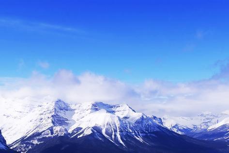 Verschneite Berge Fotografie-Druck