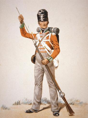 Wellington's Army: Soldier of the 69th Foot Loading His 'Brown Bess' Musket in 1815 (Colour Litho) Giclée-Druck