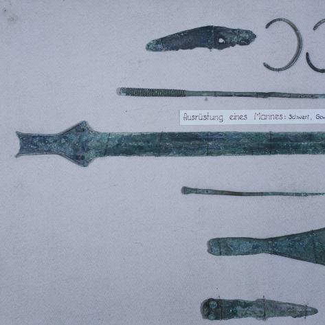 Funeral Offerings, from Asenkofen Burial Mound, Bavaria, Germany, Middle Bronze Age Giclée-Druck