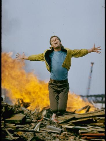 Riff Leaps over Smoldering Rubble, Scene from West Side Story Premium-Fotodruck