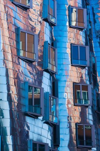 Low angle view of a building neuer zollhof medienhafen dusseldorf north rhine westphalia - Dusseldorf wandtattoo ...